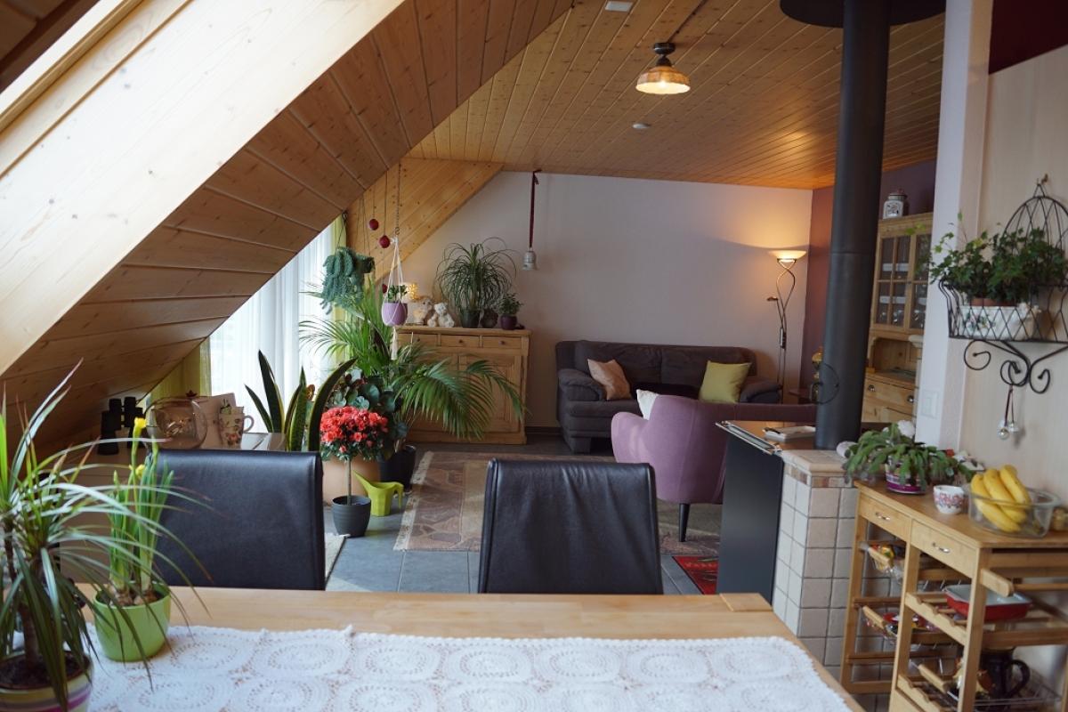 Kaufen 3 zimmer dach wohnung saxer immobilien for 3 zimmer wohnung delmenhorst